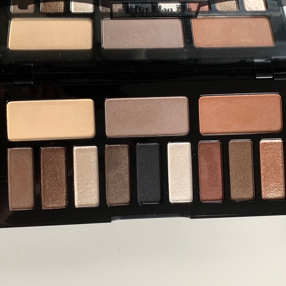 Sephora Makeup Kat Von D Shade And Light Glimmer Palette Poshmark
